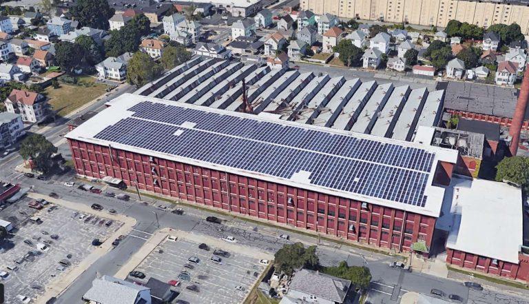 Softub Produktion mit 480kW Solaranlage
