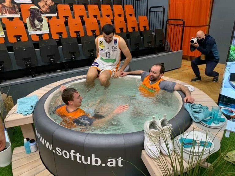 softub-whirlpools-bkdukes-indoor-event-3-min